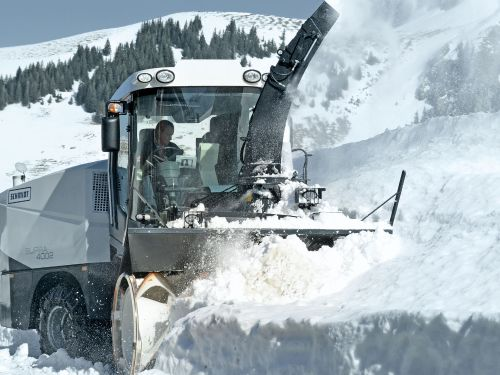 Mobile machines withstand extreme conditions